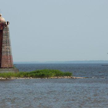 Заброшенный нижний Николаевский створный маяк