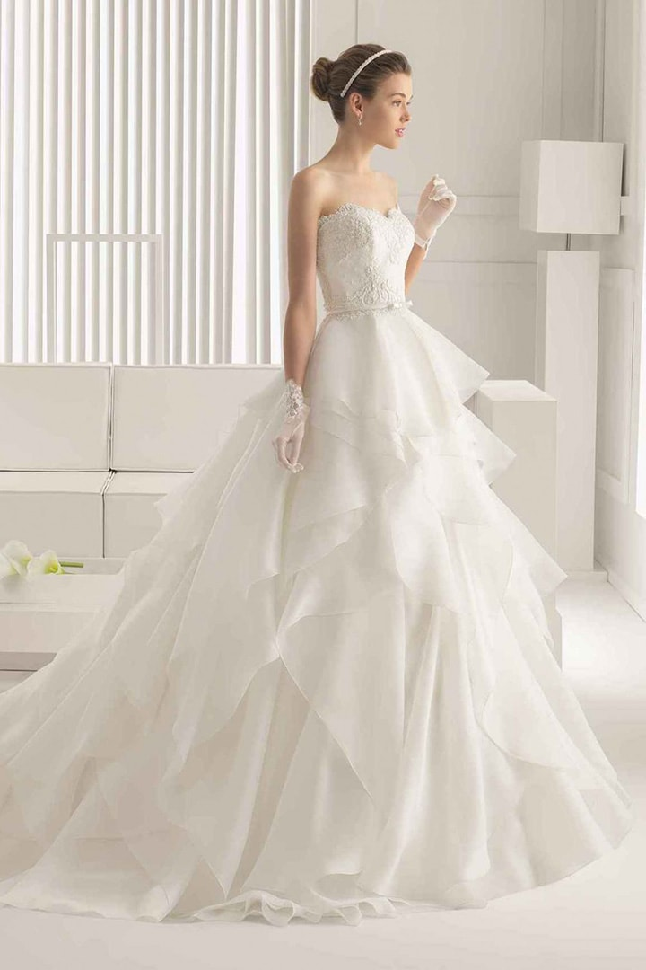 Выбор свадебного платья для фигуры типа Перевернутый треугольник