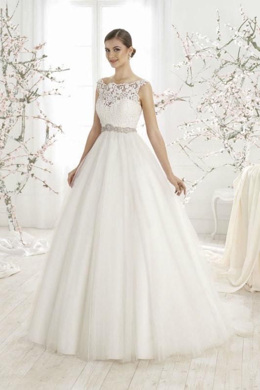 Выбор свадебного платья для фигуры типа Прямоугольник
