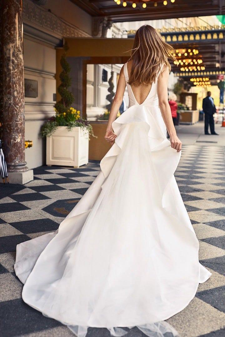 В чем пойти на свадьбу летом девушке и женщине, что надеть - 23