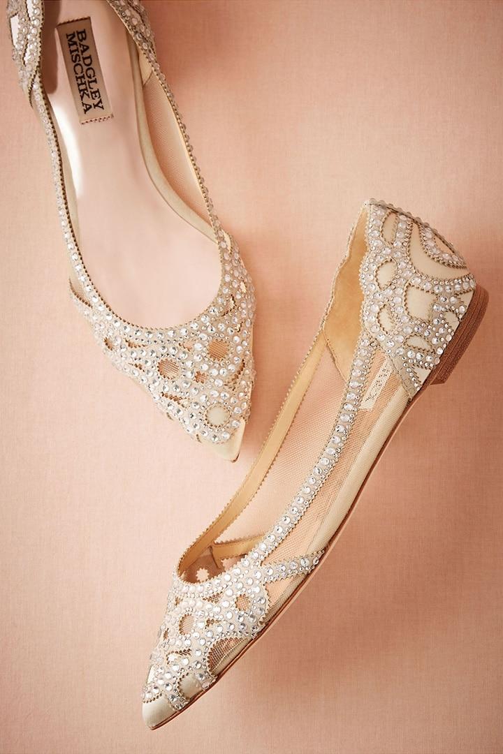 В чем пойти на свадьбу летом девушке и женщине, какие туфли надеть - 2