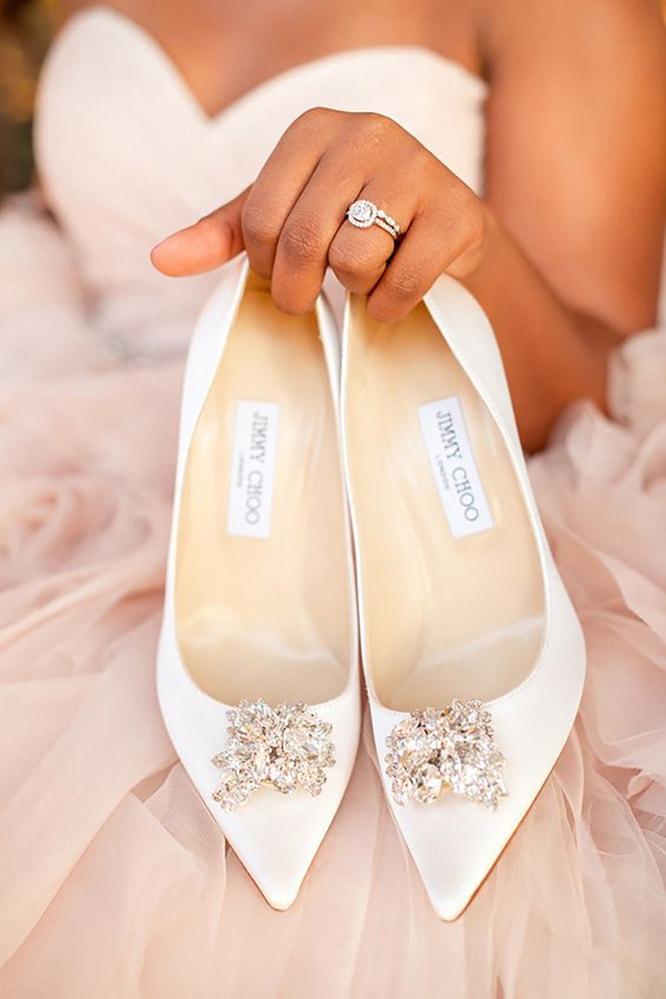 В чем пойти на свадьбу летом девушке и женщине, какие туфли надеть - 6