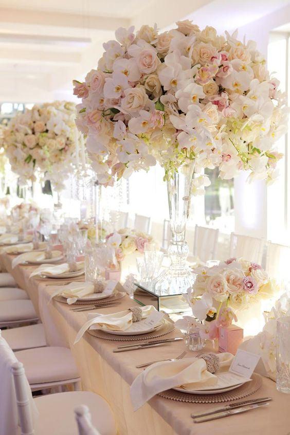 Как украсить зал на свадьбу, оформление свадебного зала живыми цветами - 4