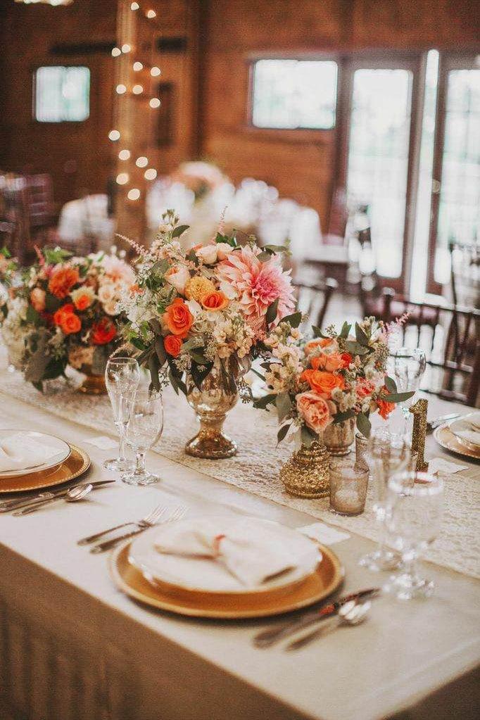 Список оригинальных идей для оформления и украшения зала на свадьбу своими руками - 2