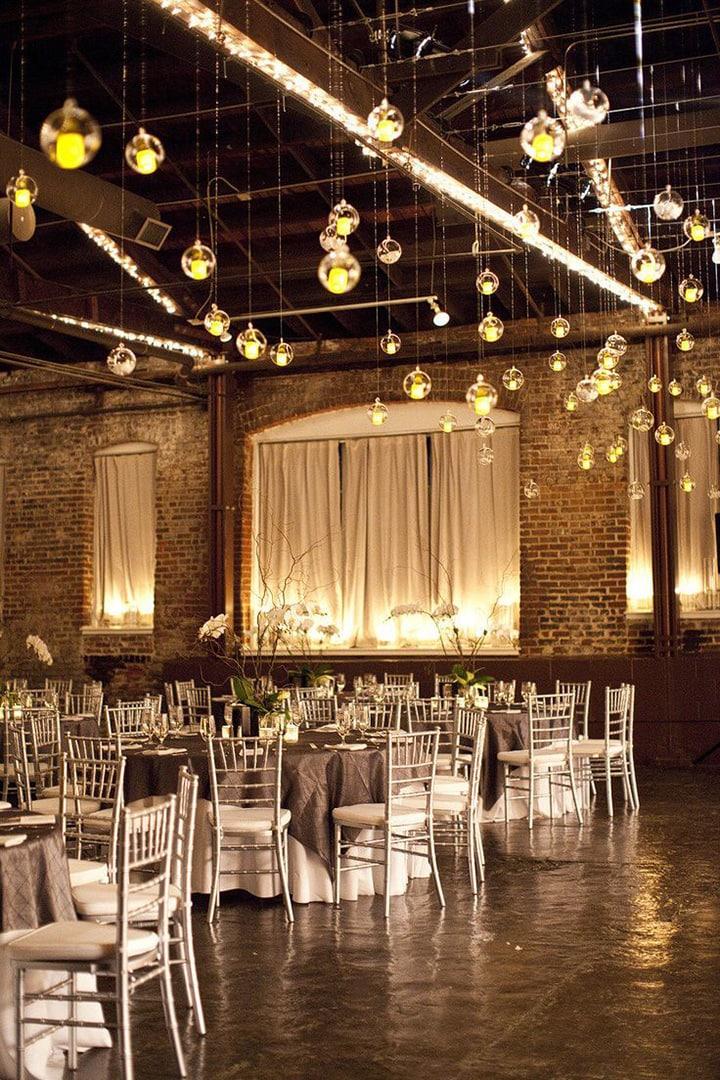 Список оригинальных идей для оформления и украшения зала на свадьбу своими руками - 6